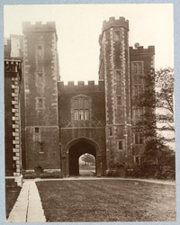 Lambeth Palace, The Great Gateway